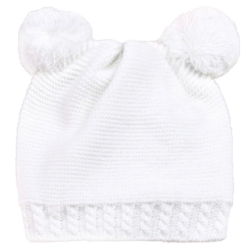 Шапка Мечo в бяло /S-M/ м.7012-1 - плетиво с полар